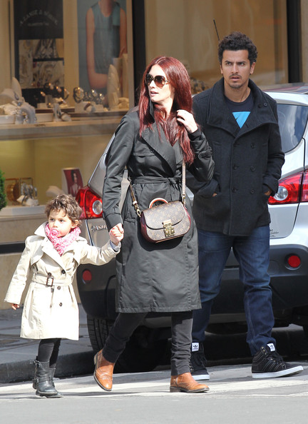 Paz Vega and Orson Salazar with their daughter