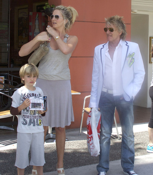 Rod Stewart And Family Shopping In Beverly Hills