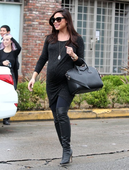 Vanessa Minnillo Shops in West Hollywood - Pictures - Zimbio