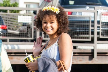 Rachel Crow Rachel Crow Goes Shopping in LA