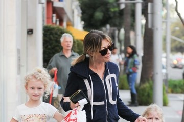 Rebecca Gayheart Rebecca Gayheart and Her Two Daughters Billie and Georgia Shop in Beverly Hills