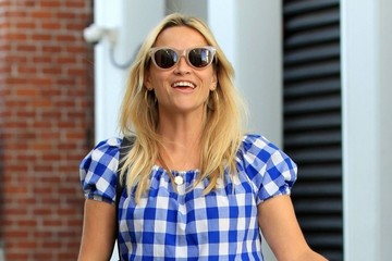 Reese Witherspoon Reese Witherspoon Is all Smiles as She Leaves Her Office
