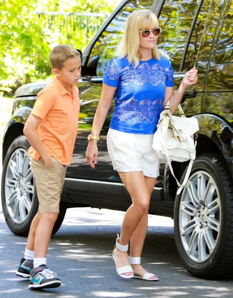 reese witherspoon and son deacon hit up a birthday party
