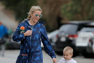 Reese Witherspoon Tennessee Toth Reese Witherspoon Takes Son Deacon to Golf Practice