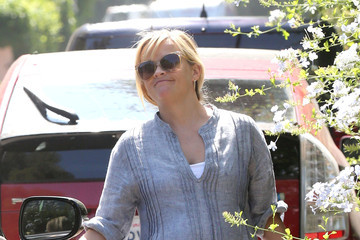 Reese Witherspoon Reese Witherspoon Out and About in LA