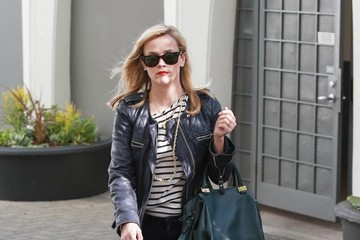 Reese Witherspoon Reese Witherspoon Leaves Her Office