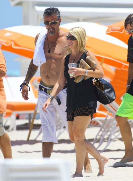 richard rawlings enjoys a beach day in this photo richard rawlings