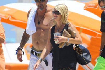 Richard Rawlings Richard Rawlings Enjoys a Beach Day