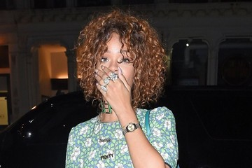 Rihanna Rihanna Spotted Out For Dinner in NYC