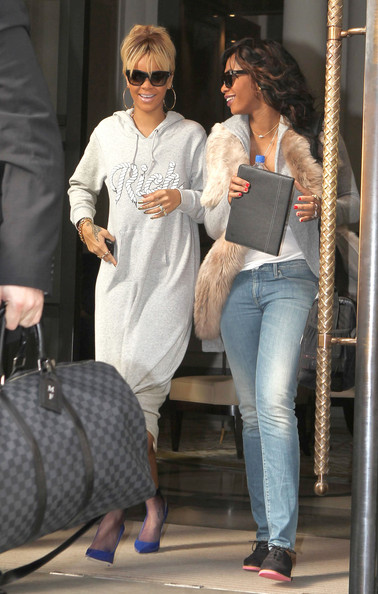 ... to the costumes (i.e. something fashionable) can we at least get some venue changes (i.e. something other than the club)...check out Rihanna yesterday ...  sc 1 st  Nosee Rosee & Nosee Rosee: Rihanna Out and About In London