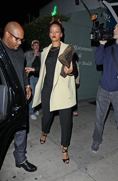 Rihanna Barbadian singer Rihanna leaving Il Ristorante di Giorgio Baldi in Santa Monica. Rihanna was wearing a very eighties inspired outfit.