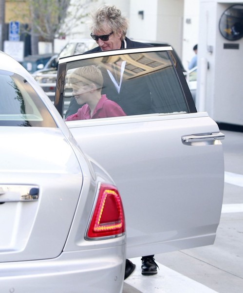 Rod Stewart Out Shopping In Beverly Hills