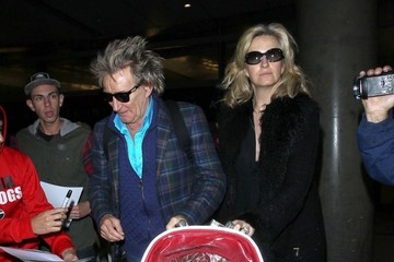 Rod Stewart Rod Stewart & Family Arriving on a Flight at LAX