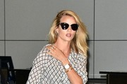 Rosie Huntington-Whiteley Lands at LAX Airport