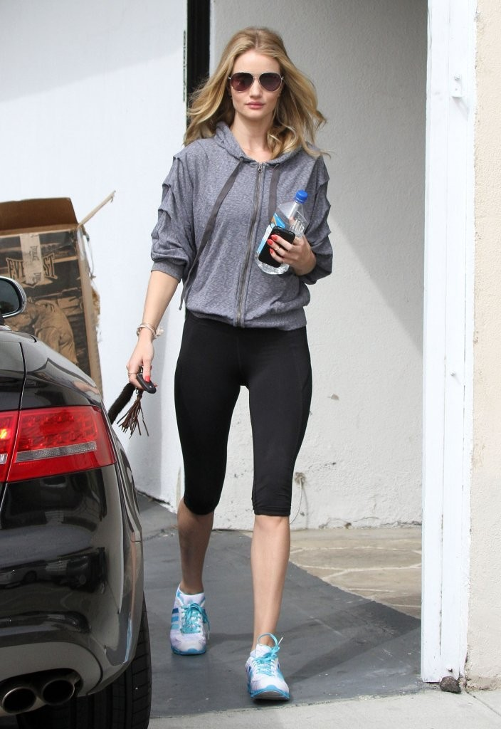 This Is What Rosie Huntington-Whiteley's Hair Looks Like AFTER the Gym