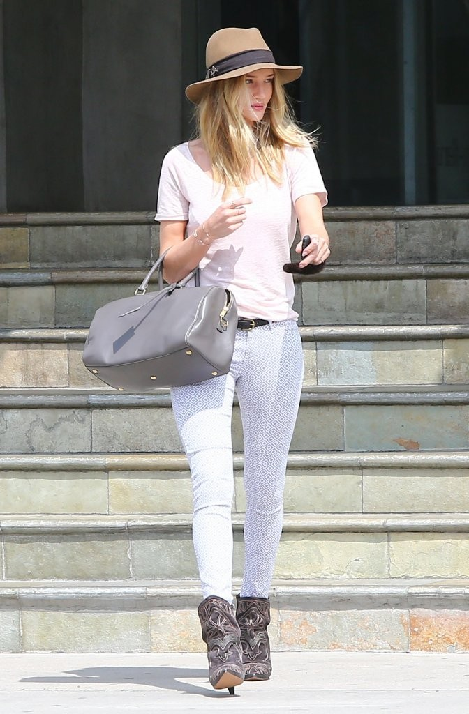 Model and actress Rosie Huntington-Whiteley shops at  Lawson-Fenning in Los Angeles, California on April 5, 2013.