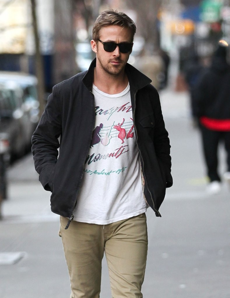Ryan Gosling Photos Photos Ryan Gosling And Eva Mendes In Nyc Zimbio