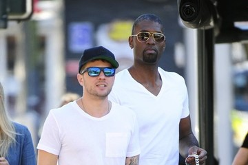 Ryan Phillippe Ryan Phillippe Grabs Lunch in West Hollywood
