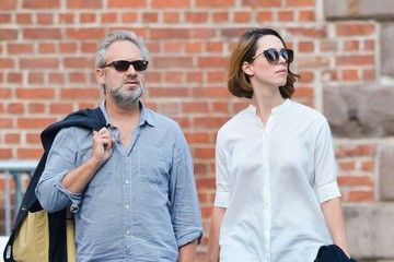 Sam Mendes Sam Mendes & Rebecca Hall Stroll Through Soho