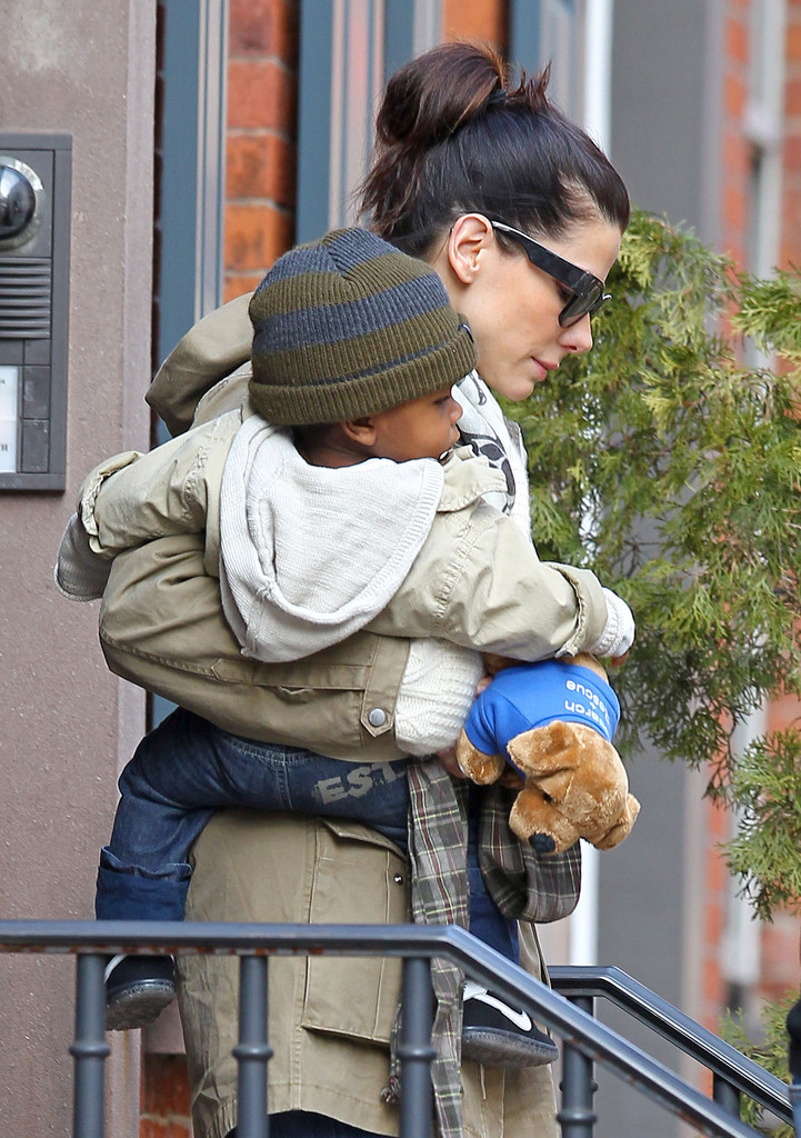Sandra Bullock And Son Louis Leaving Their New York ...