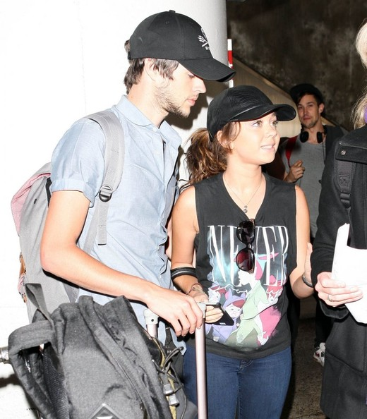 Sarah Hyland Arriving On A Flight At LAX []