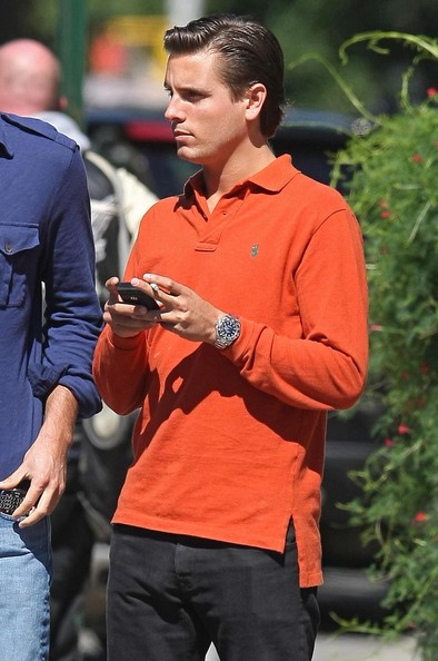 5b5f42121bdbc Scott Disick Photos Photos - Scott Disick Out For Lunch With Friends ...