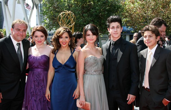 selena gomez david henrie dating. Selena Gomez and David Henrie