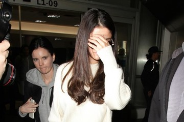 Selena Gomez Selena Gomez Looks Chic At LAX