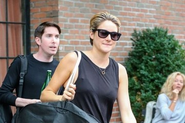 Shailene Woodley Shailene Woodley Steps Out in NYC
