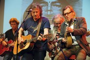 """Peter Maffay, Carl Carlton, Max Buskohl, Wolfgang Niedecken, Stephan Stoppok, Klaus Voormann, Fritz Egner and Yusuf Islam during the presentation of the Charity Album  """"A Sideman's Journey"""" in Munich, Germany."""