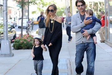 Skyler Berman Rachel Zoe Goes for a Stroll in the Big Apple