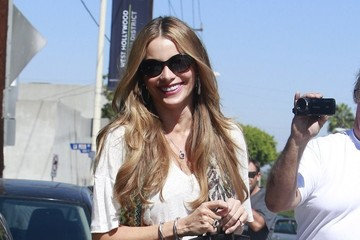 Sofia Vergara Is All Smiles After Lunch