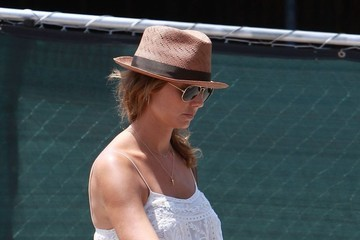 Stacy Keibler Stacy Keibler Heads to a Nail Salon