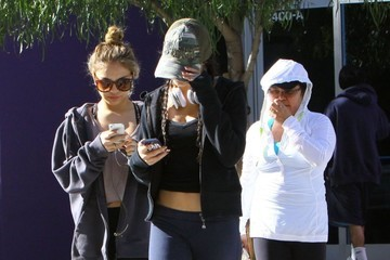 Stella Hudgens Vanessa & Stella Hudgens At A Gym In Studio City