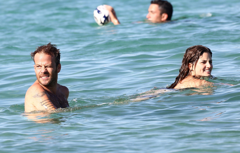 Stephen Dorff Takes A Swim With His New Girlfriend Zimbio