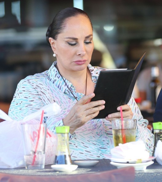Susana Dosamantes Grabs Lunch in Hollywood