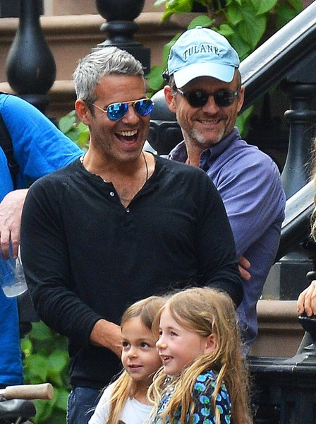 Andy Cohen Stops by Sarah Jessica Parker's Daughters' Lemonade Stand