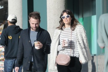 Taylor Goldsmith Mandy Moore Shops With Her Boyfriend Taylor Goldsmith In Hollywood