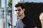 Taylor Lautner And Billie Lourd Seen Shopping At Fred Segal In Los Angeles
