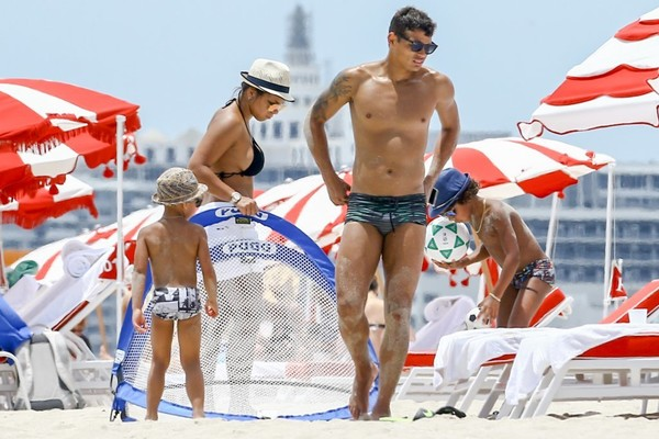 Thiago Silva Plays Soccer With His Sons on the Beach in Miami
