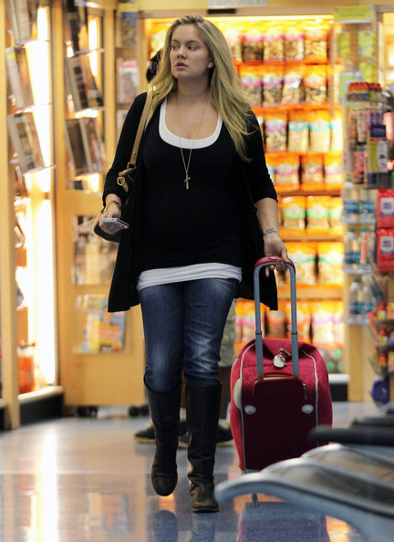 Tiffany Thornton - Mom-To-Be Tiffany Thornton Greeted With Love By Hubby