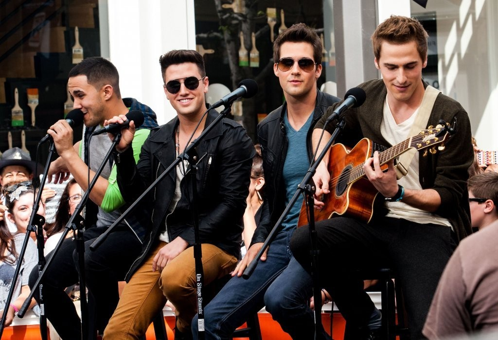 Big time rush 2013 pictures photos images zimbio big time rush big time rush performs on extra voltagebd Gallery