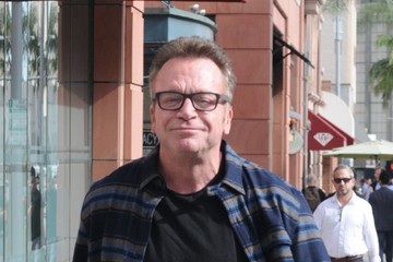 Tom Arnold Tom Arnold Gets Ice Cream In Beverly Hills