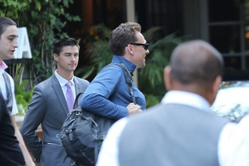 Tom Hiddleston Tom Hiddleston Is Seen in LA