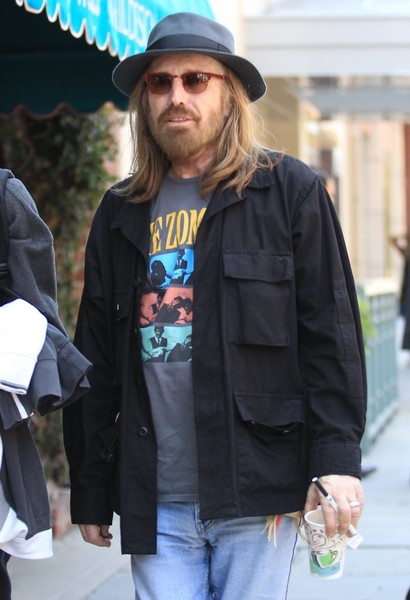 Tom Petty Stops By A Doctors Office
