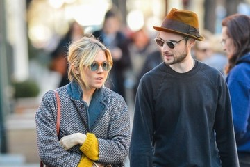 Tom Sturridge Sienna Miller & Tom Sturridge Spotted Out In New York