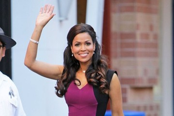 Tracey Edmonds Celebs Stops by the 'Extra' Set