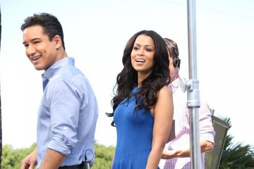 Tracey Edmonds Celebs Stop by the 'Extra' Set