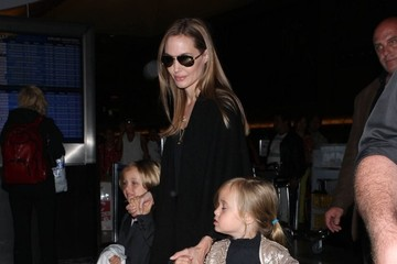 Vivienne Jolie Pitt Angelina Jolie and the Kids Leave LA