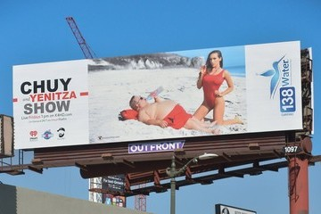 Yenitza Munoz Chuy Bravo and Yenta Munoz Celebrate Their New Billboards in LA